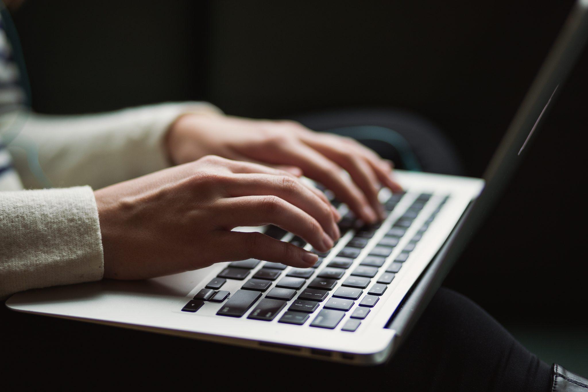 Twoje miejsce w sieci, czyli co dokładnie warto zrobić?